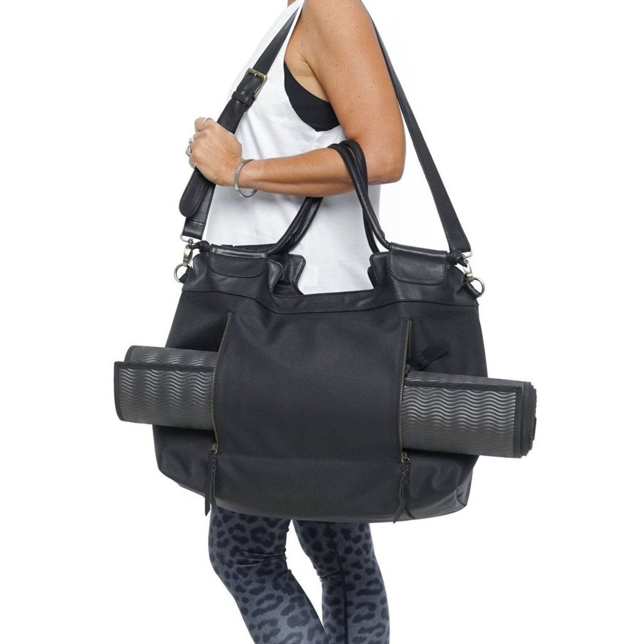 Black leather and nylon yoga bag weekend duffel