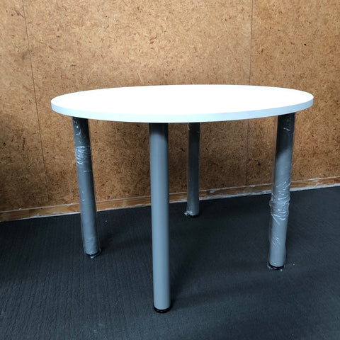 Supplier Clearance Meeting Table