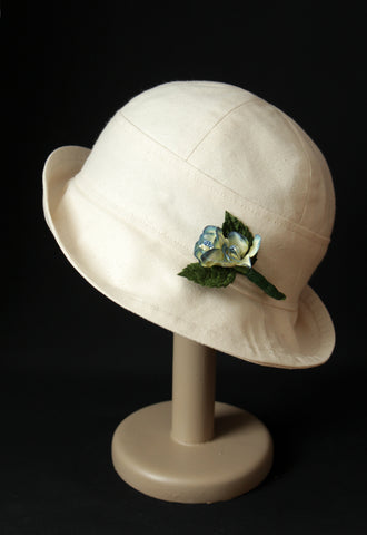 "Natural ""Croisette"" Cloche Hat"
