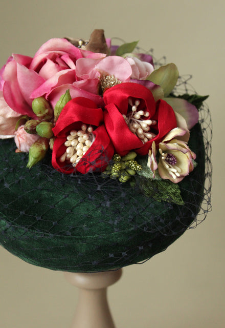 "Green velvet ""Coquette"" Pillbox hat with flowers"