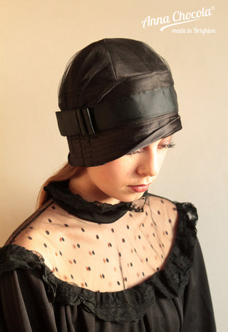 "Black Satin ""Inès"" Cloche"
