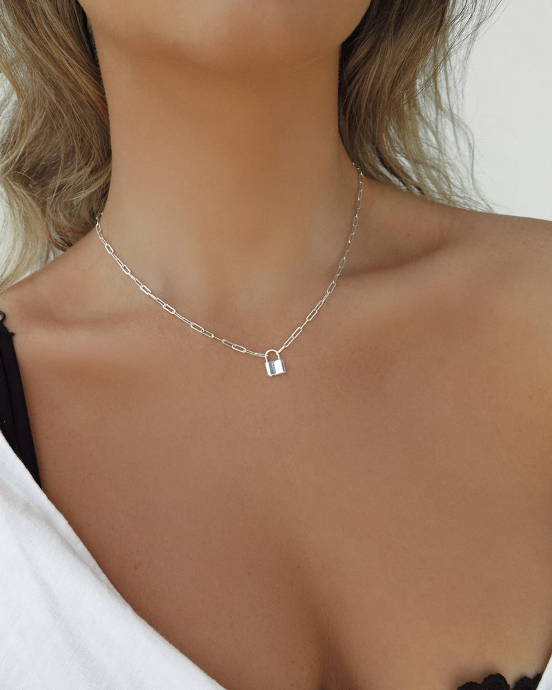 MILA CHAIN NECKLACE- Sterling Silver