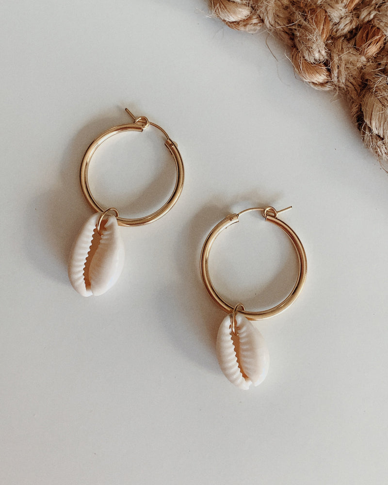 THICK HOOP COWRIE SHELL EARRINGS