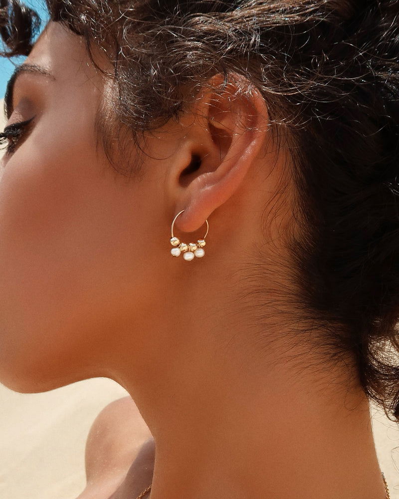 TRIPLE FRESHWATER PEARL HOOP EARRINGS