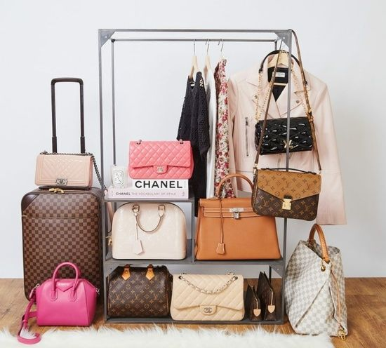 5 Types of Bags Every Woman Should Own
