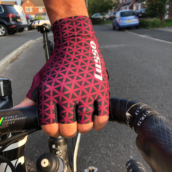 Momentum Summer Glove Plum - Lusso Cycle Wear