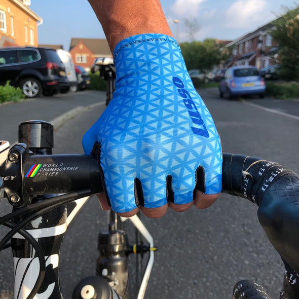 Momentum Summer Glove Blue - Lusso Cycle Wear