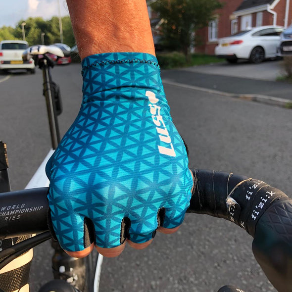 Momentum Summer Glove Jade Green - Lusso Cycle Wear