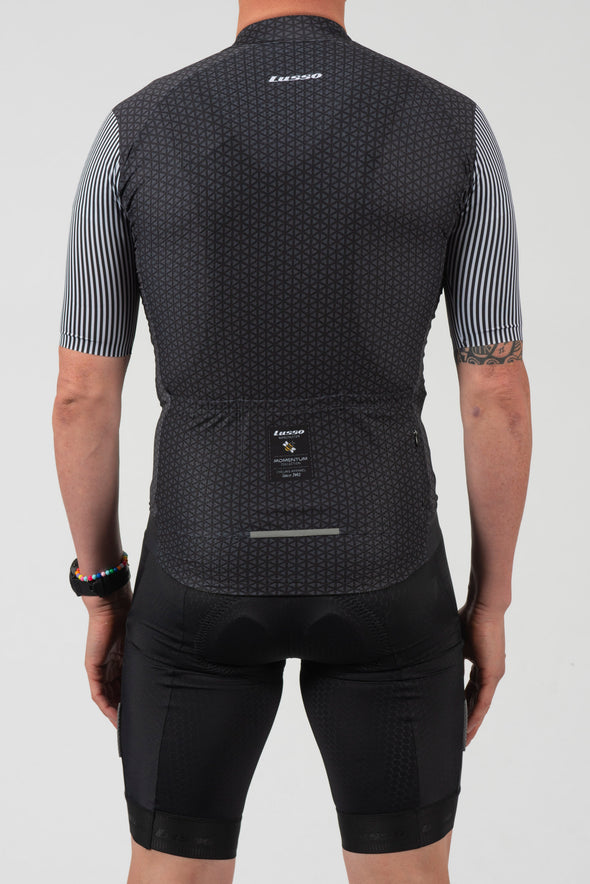 Momentum S/S Jersey Black - Lusso Cycle Wear