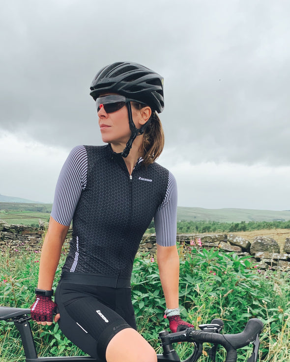 Momentum S/S Jersey Black/Grey - Womens - Lusso Cycle Wear