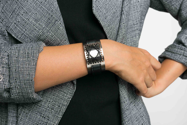SEARY steel- matt black cuff