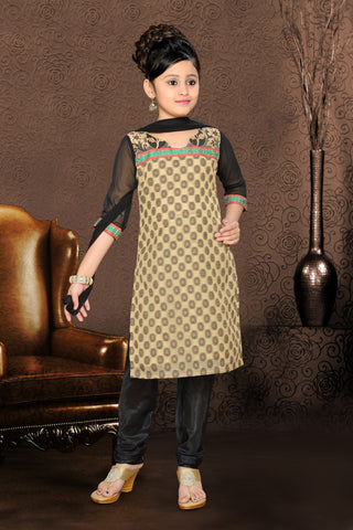 Girl's Incredible Resham & PatchWork work Embroidered Readymade Salwar Kameez