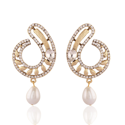 New Look White & Gold Artificial Jewellery Earrings For Women's