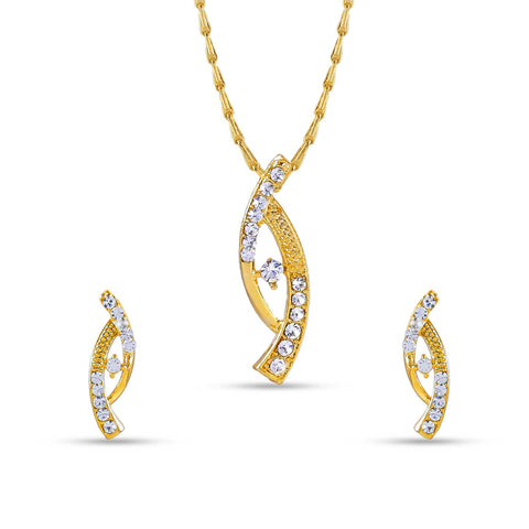 Amazing Golden Color Pendant Set