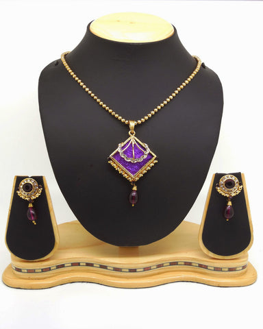 Perfect Look In Maroon & Purple Color Pendant Set
