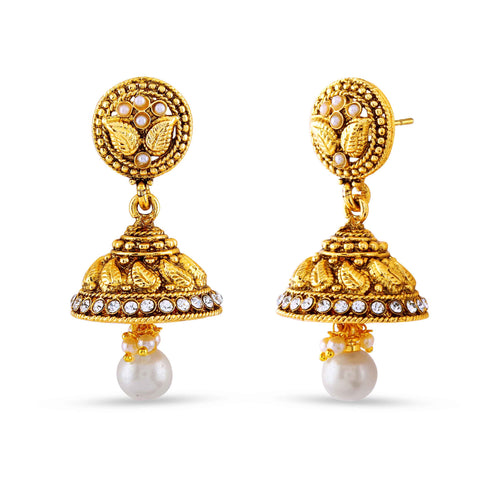 Heavy & luxurious Collection In Artificial Jewellery of Earrings In Beige & Gold