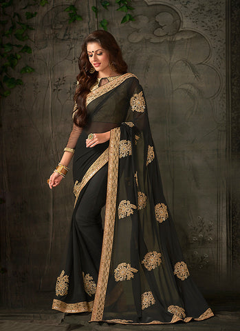 Black Saree With Lovely Embroidered Pallu