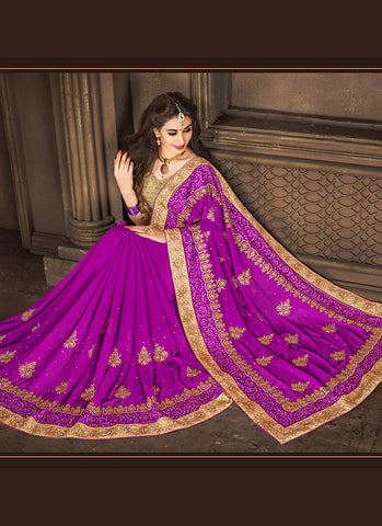 Eye-catching Embroidered Pallu Saree in Fuchsia Color