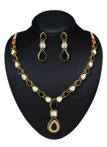 Women's Creative Necklaces in Black Color