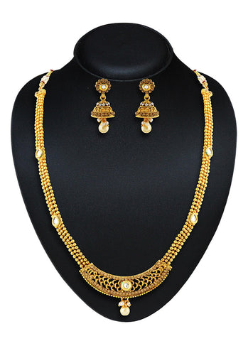 Beautiful Artificial Jewellery Necklaces For Women's In Gold