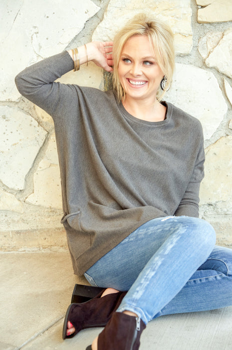 Falling In Love Two Pocket Sweater In Charcoal
