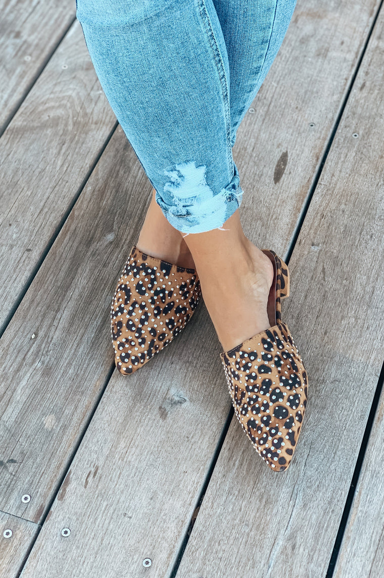 Be Fabulous Leopard Mule