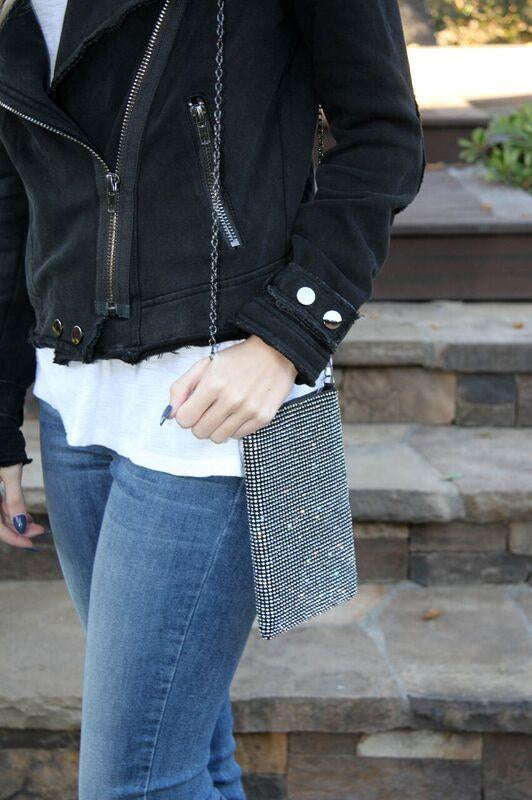 A Touch of Sparkle Cell Phone Bag Black/Silver