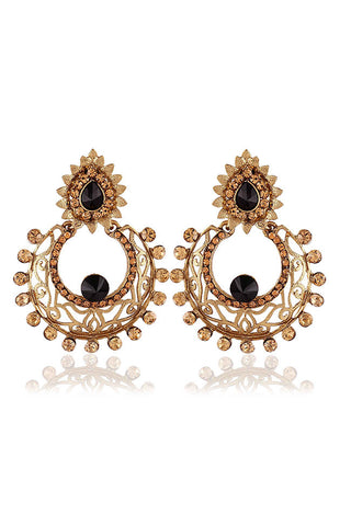 Golden Tantalizing Blend Of Modern And Traditional Jewellery With Black Ruby Stones