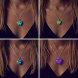 Glowing Heart Chakra Necklace - Swag Factory