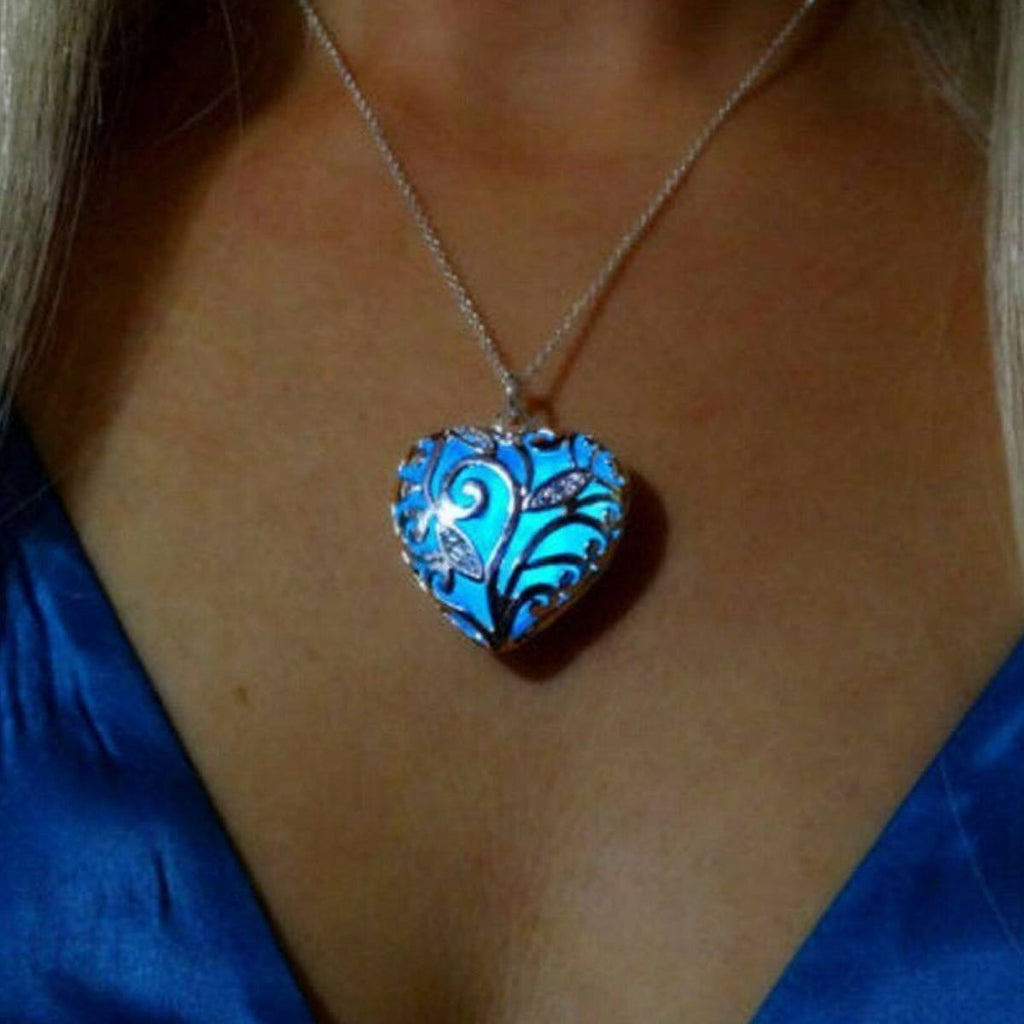 Glowing Heart Chakra Necklace – Swag Factory - photo #24