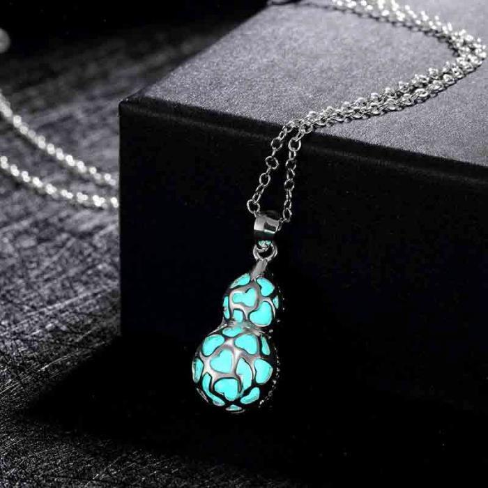 Luminous Gourd Stone Necklace