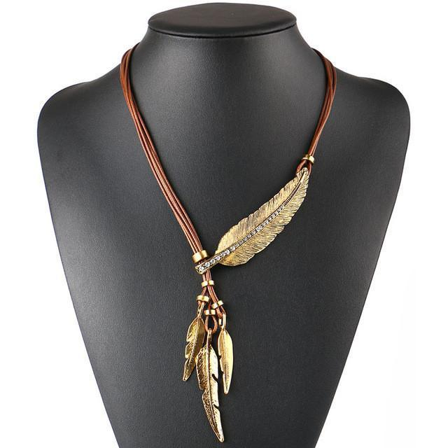 Boho Style Feather Necklace