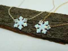 Snowflake necklace - OpaLandJewelry