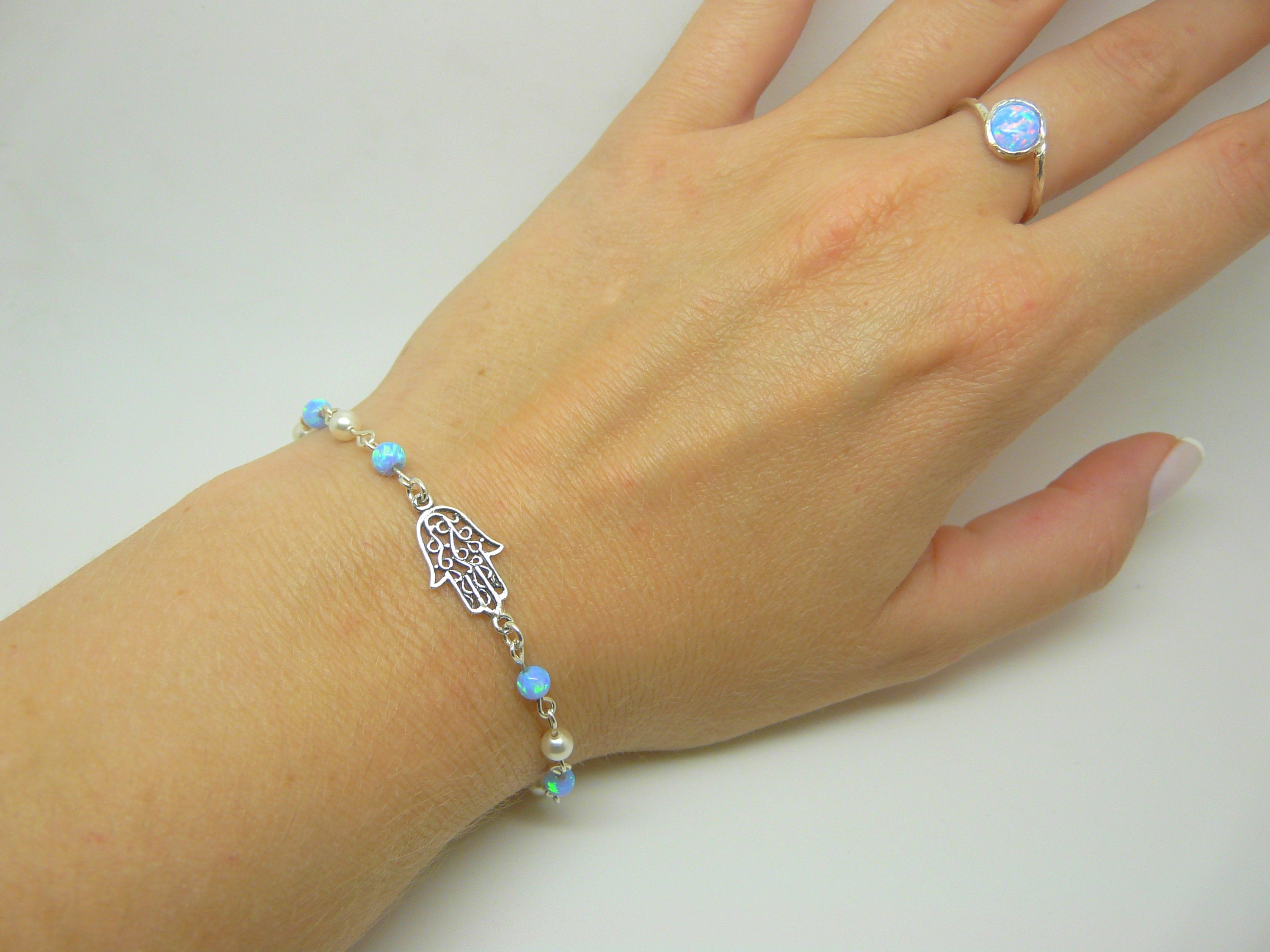 Women's Hollow Hamsa Beaded bracelet