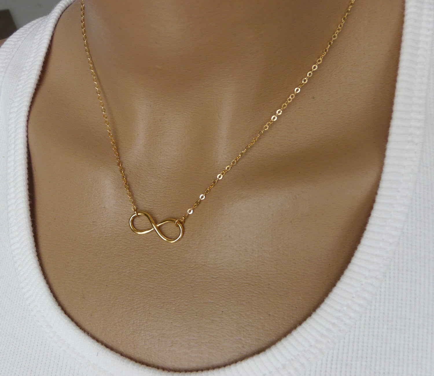 Infinity necklace Gold filled - OpaLandJewelry