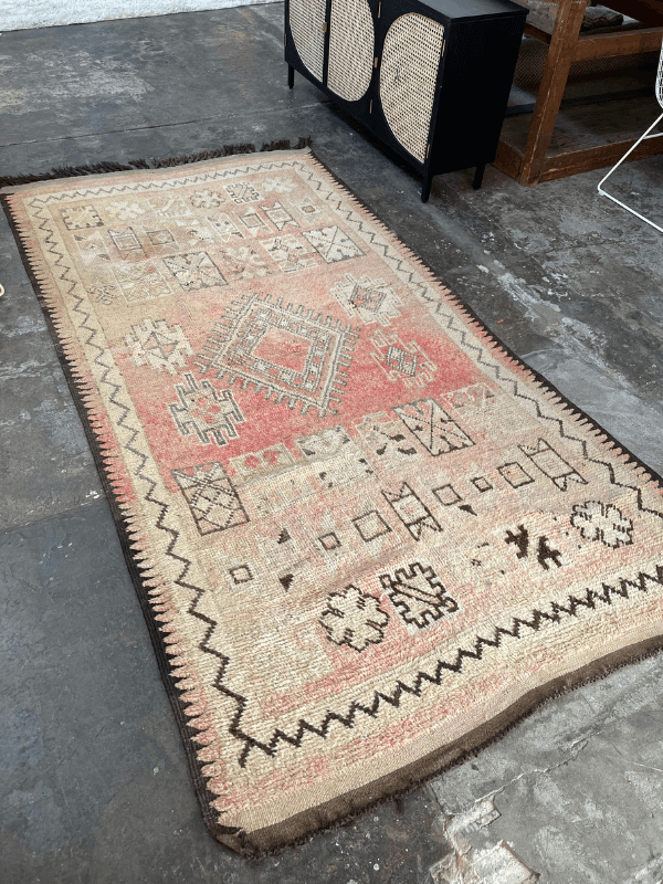 DUSTY ROSE vintage Moroccan rug 160x320
