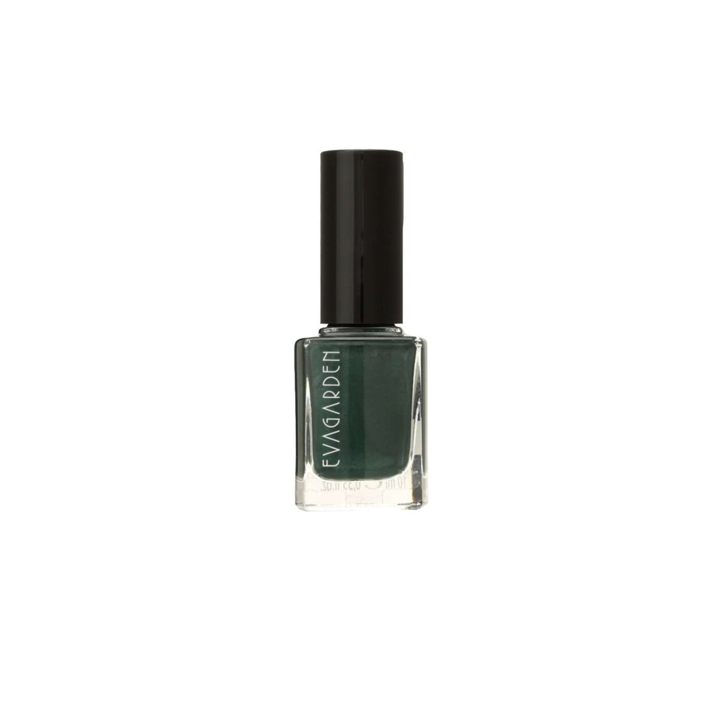 SEA WATER RESISTENCE NAIL POLISH 696 (Evergreen Shrub)