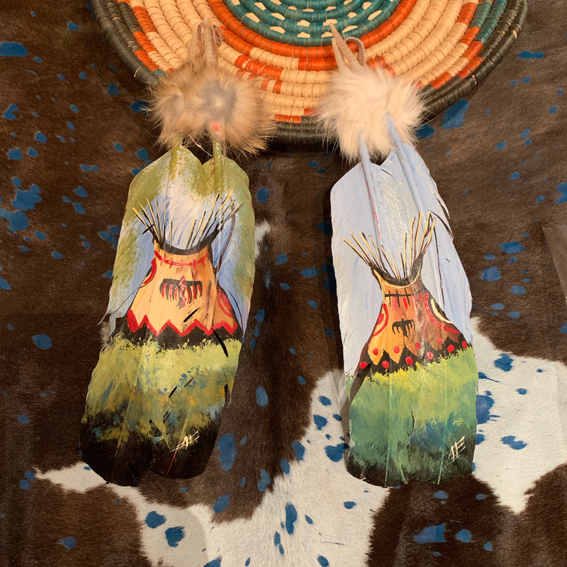 Teepee XL painted feather