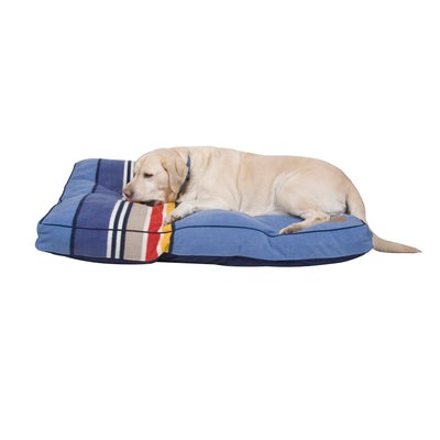 lab on Yosemite National Park Dog Bed
