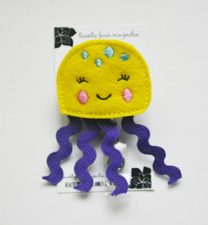 Jellyfish Badge Reel - love tan co.
