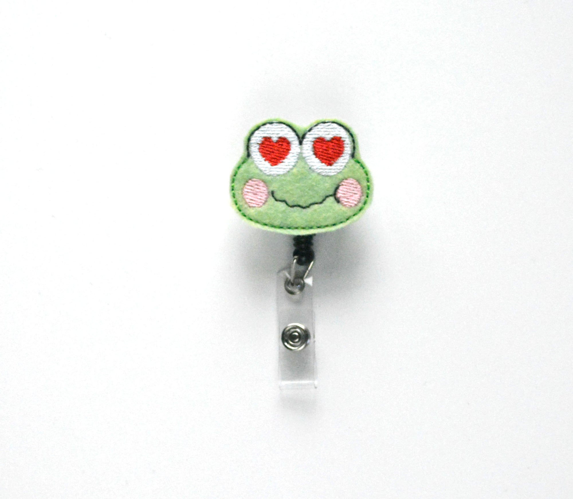 Frog Heart Eyes Badge Reel - love tan co.