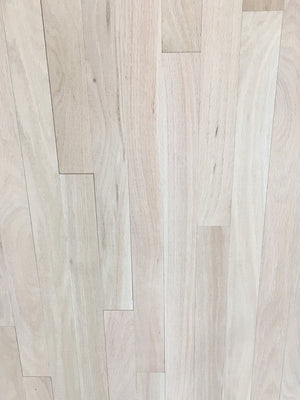 "Raw 2 1/4"" select and better red oak"