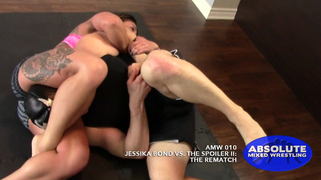 Jessika Bond The Spoiler intergender competitive submission Absolute Mixed Wrestling triangle choke