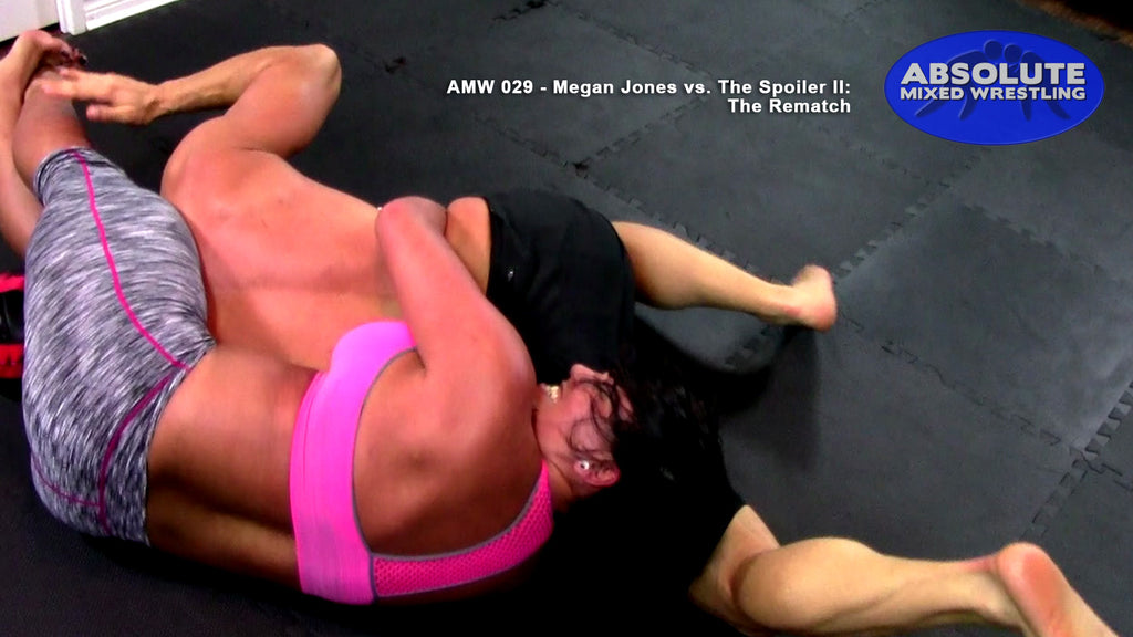Megan Jones The Spoiler headscissors submission real competitive absolute mixed apartment wrestling
