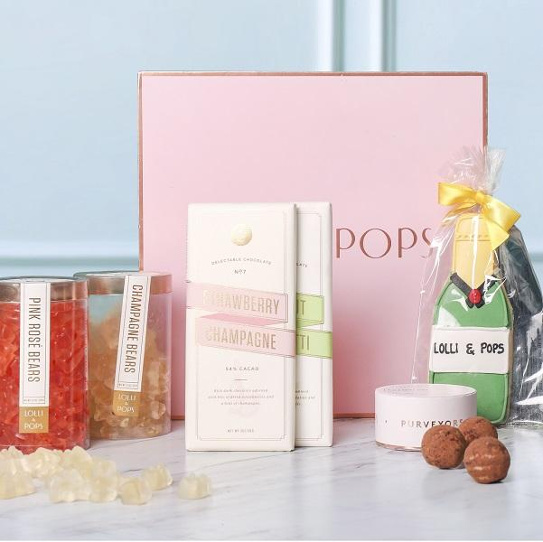 Celebrate Mom With Champagne Gift Box