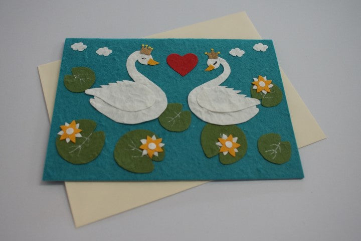 Swans in Love (503)