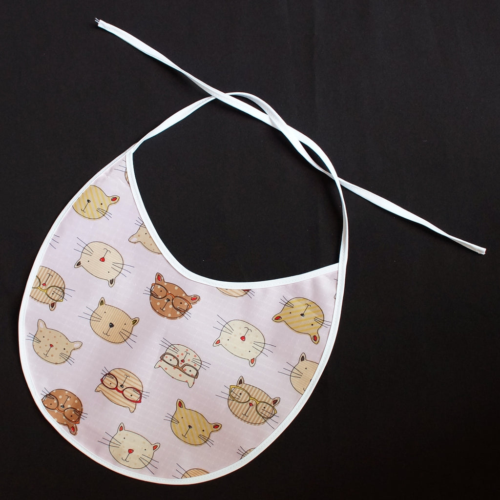 """Baby Bib"" Cats Design (7040)"
