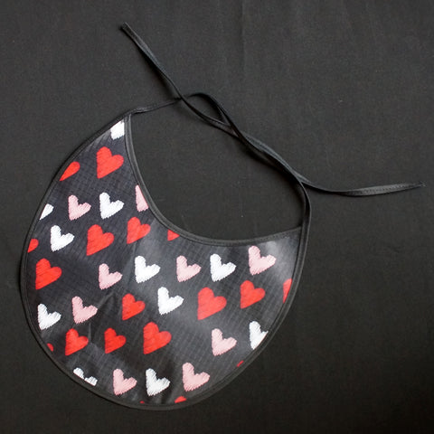 """Baby Bib"" Hearts with hearts in red, light pink and white (7043)"