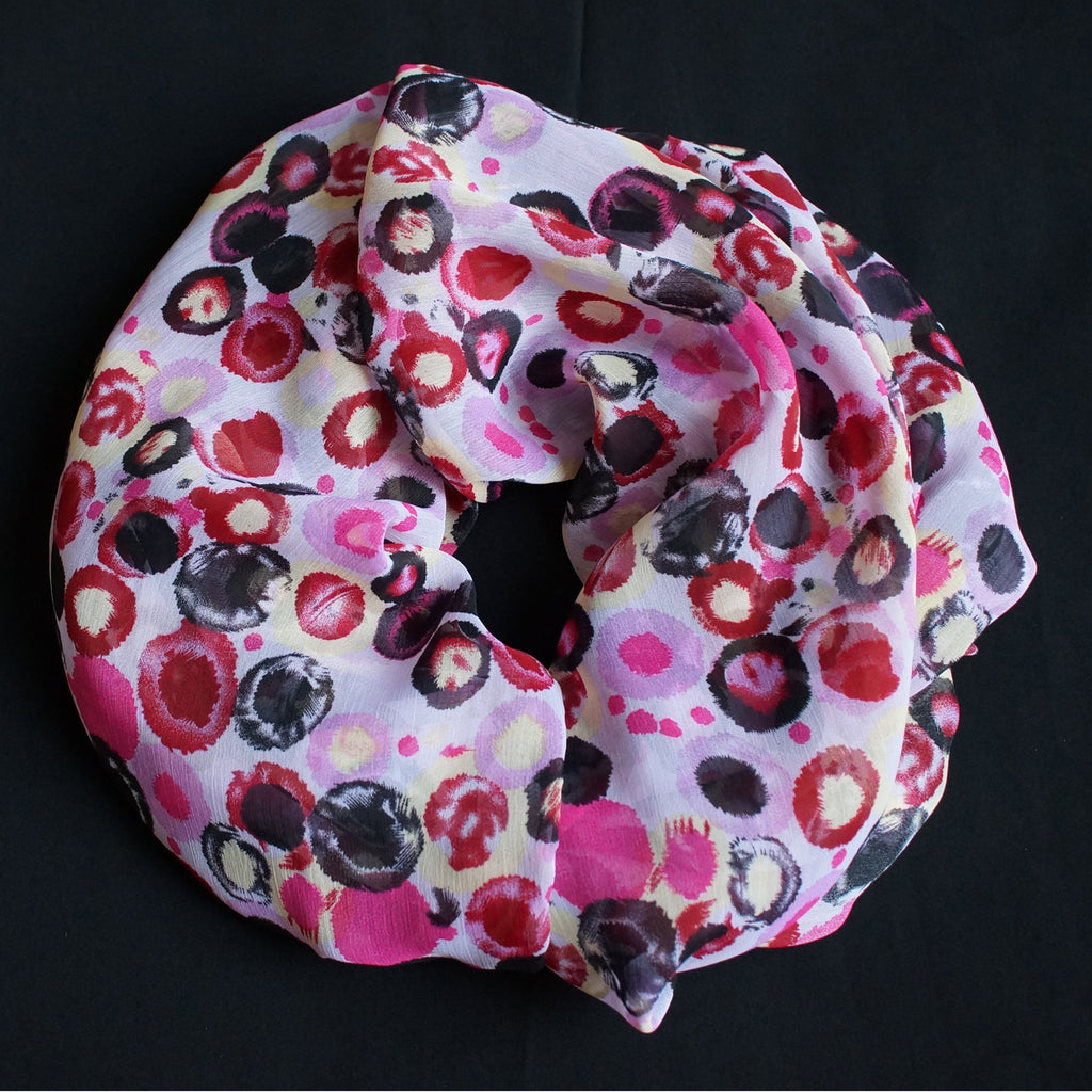 Beautiful scarf with dots in different colors (9197)