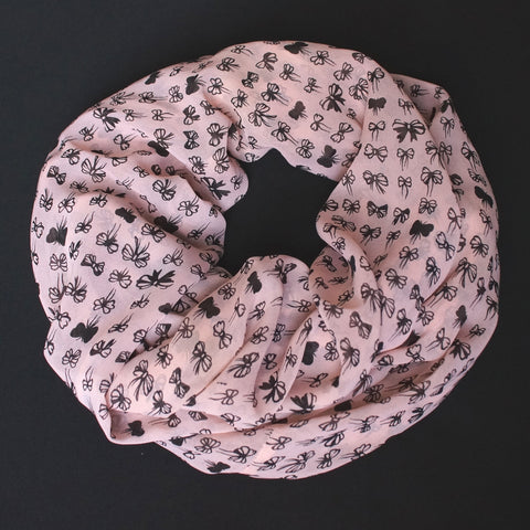 Soft pink colored Scarf with beautiful black ribbons (9201)